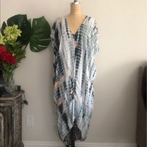 Dresses & Skirts - Drapey Oversized V Neck Tie Dye Dress